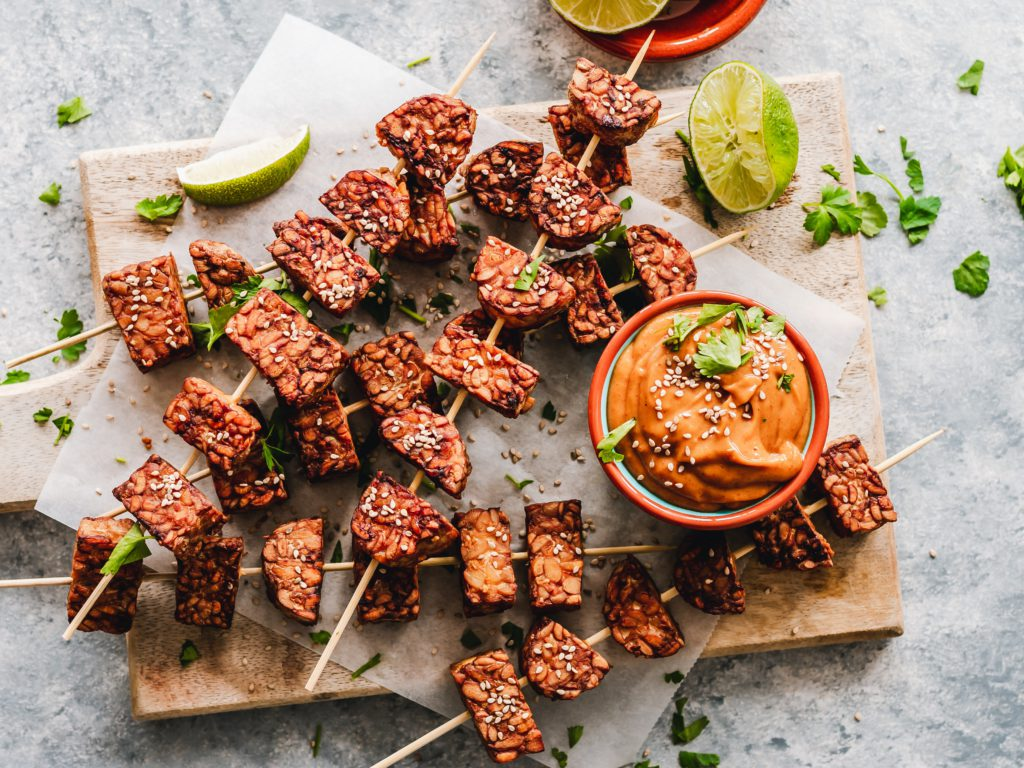 4 healthy habits to add to your daily routine | fermented foods | tempeh skewers